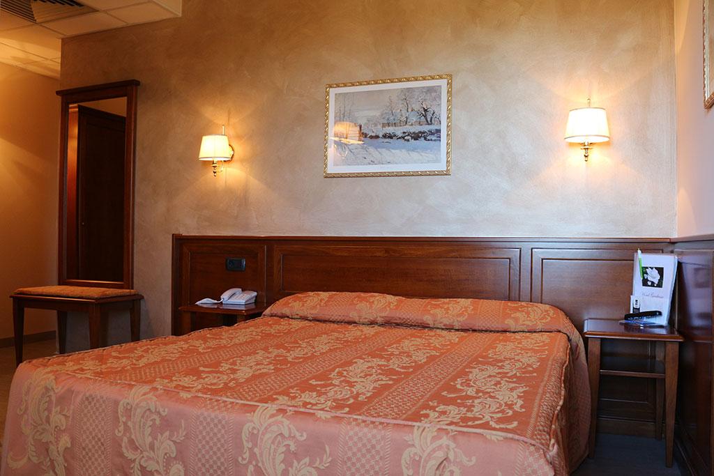 Camera Standard Hotel Gardenia Romano Canavese
